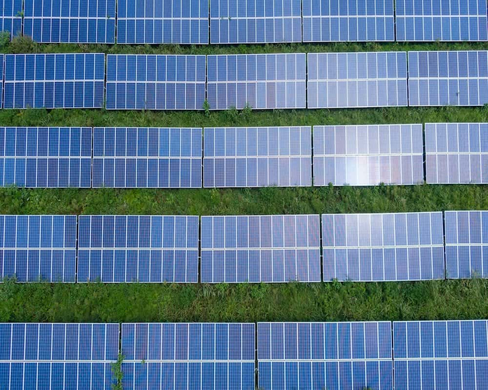 Best Backpacking Solar Panels for Outdoors